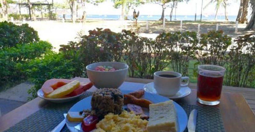 hotel_m&m_beach__house_petit_dejeuner