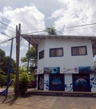 deep_blue_diving_shop2_playas_del_coco