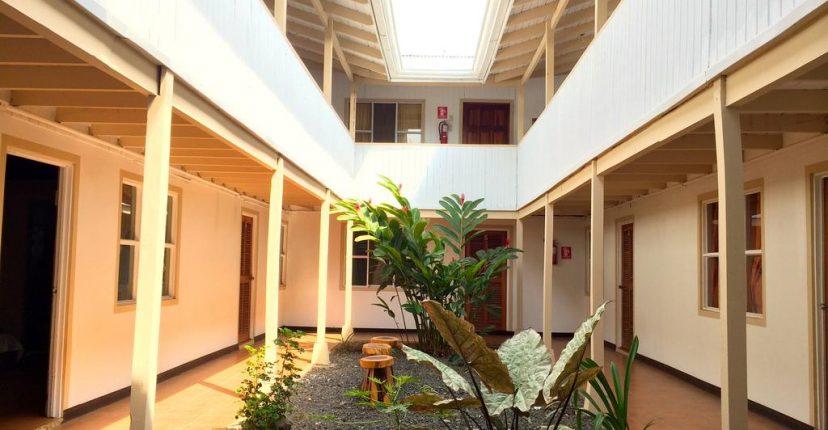 hotel_m&m_beach__house_inside