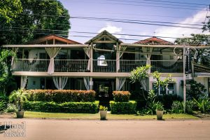 hotel_m&m_beach_house_front